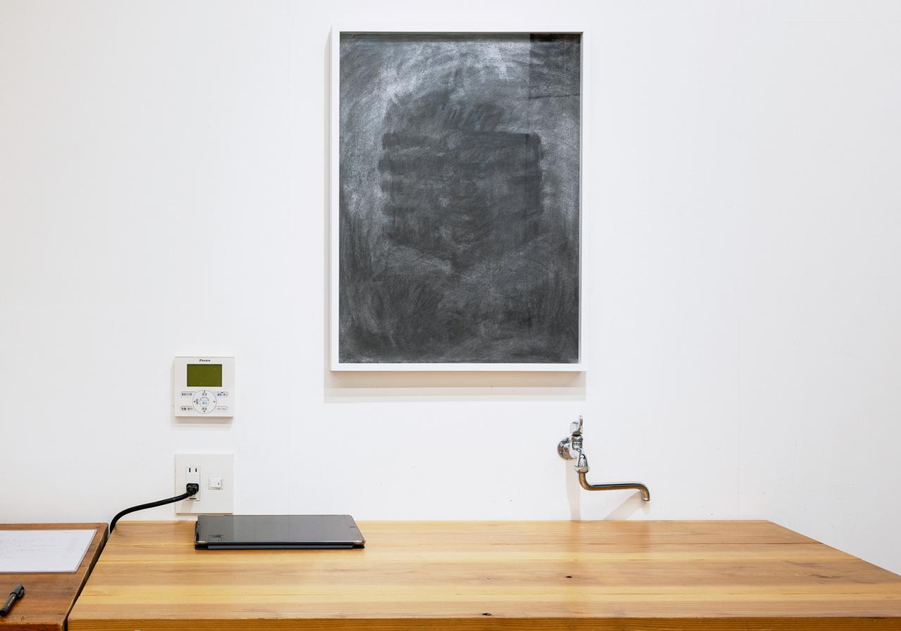 '新しい火のためのドローイング' 木炭紙に木炭 480×650 mm 2020