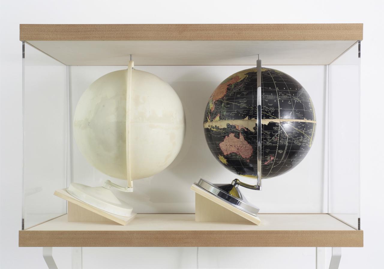 'Balls' mixed media (globe, putty,plexiglass) 840×540×424mm 2005-2013